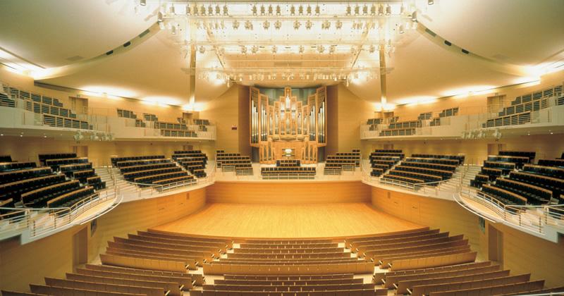 写真:コンサートホール全景