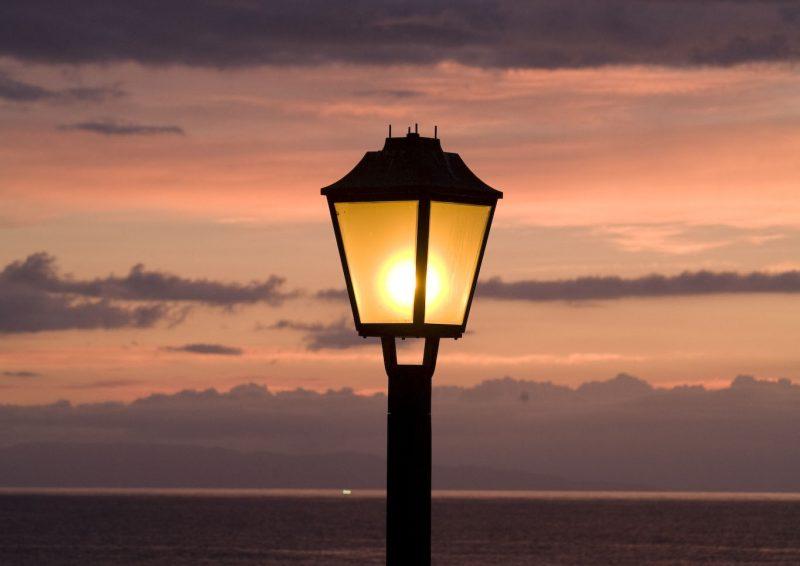 光を灯すの画像