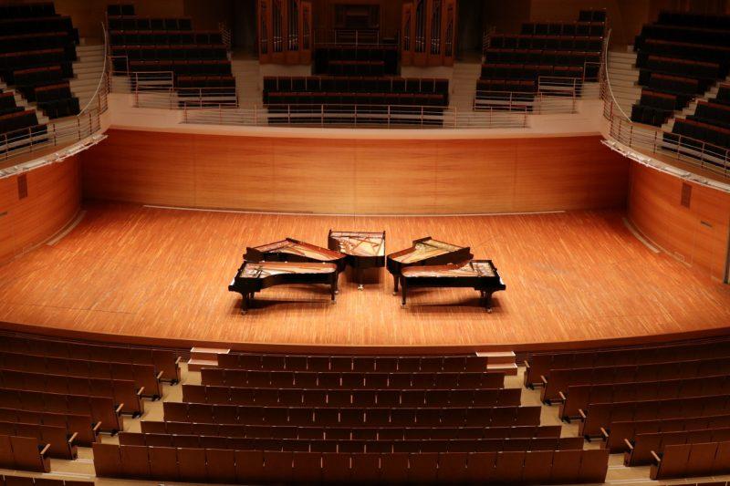 「5台ピアノの世界」の画像